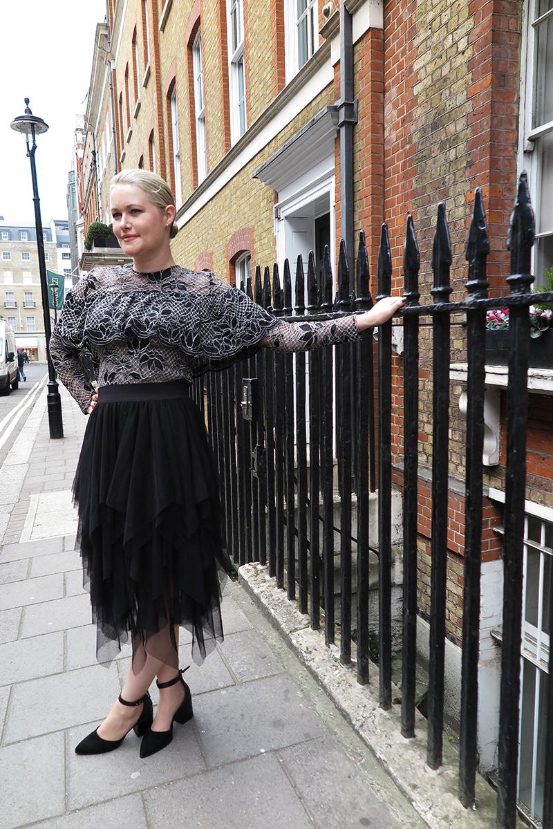 lorna-weightman-wearing-zara-at-london-fashion-week-5