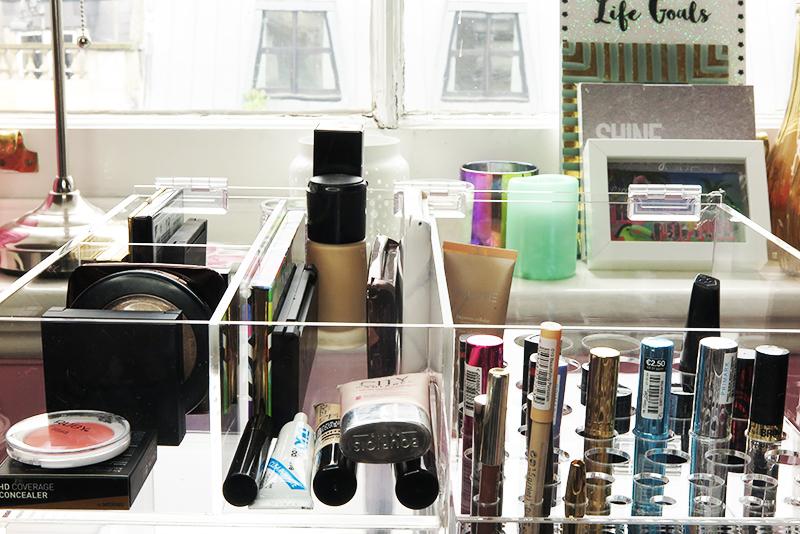 HerClutterbox make up storage