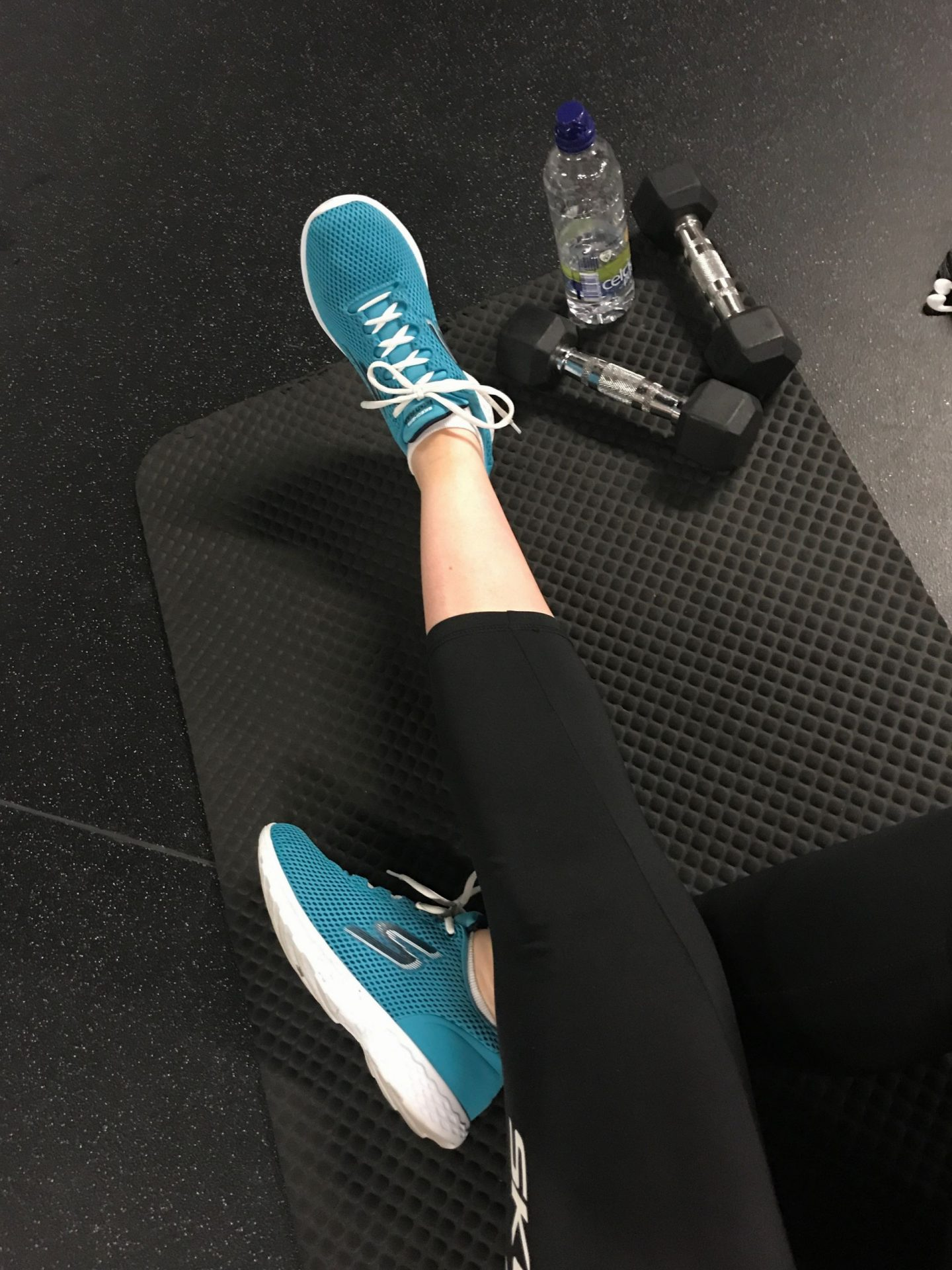 MY WORKOUT ROUTINE WITH SKECHERS