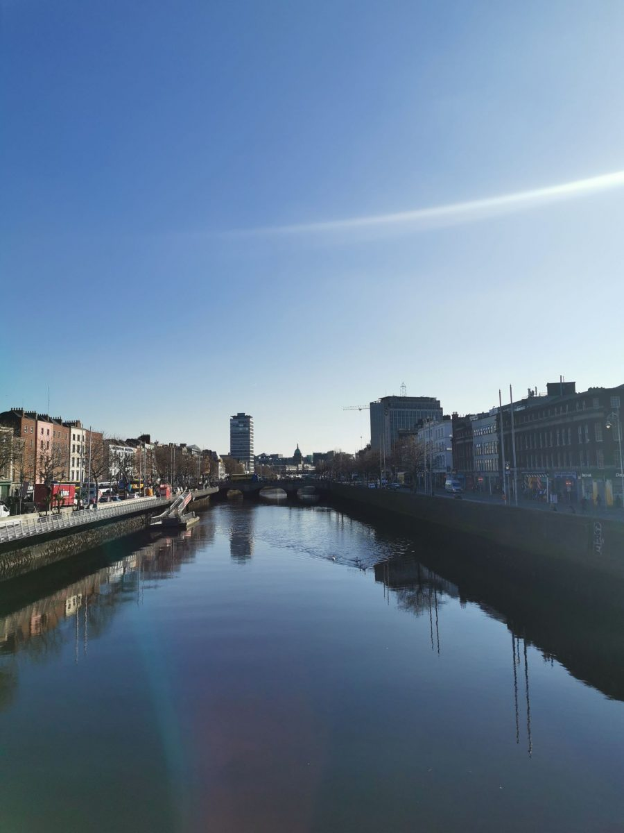 Dublin city photographed with the Huawei P30 Pro